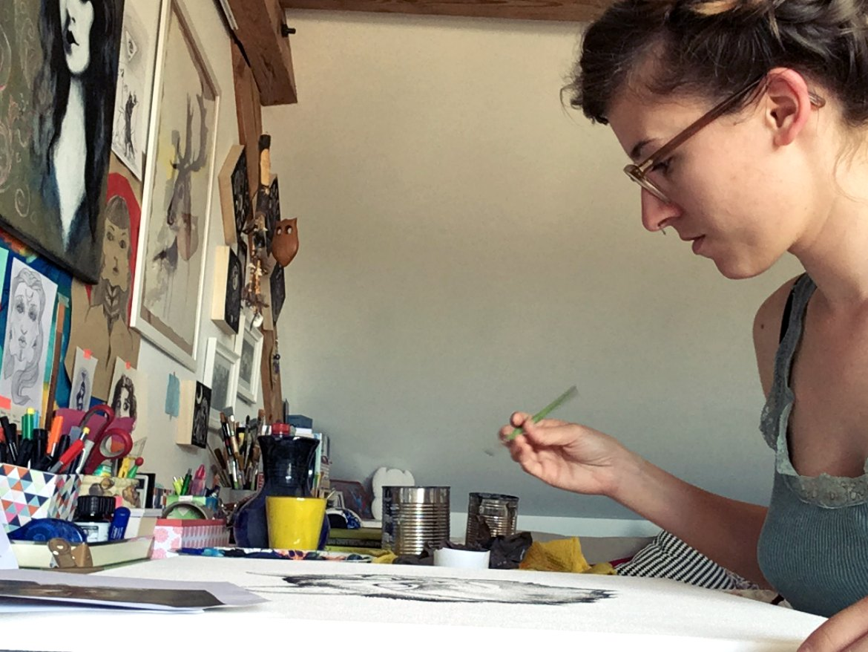 Beim Malen vom Katzen-Portrait